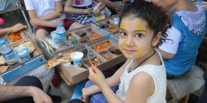 Tekne orucu tutan çocuklara iftar