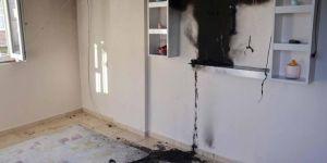Diyarbakır Huzurevleri Mahallesinde elektrik telleri kopunca evde yangın çıktı