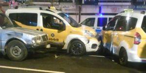 Diyarbakır'da Göletli Park civarındaki zincirleme kazada 2 kişi yaralandı