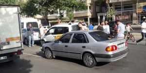 Diyarbakır Fırat Bulvarında zincirleme kaza