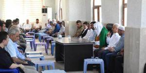 Batman Valisi boğularak hayatını kaybeden muhtar Ahmet Sayar'ın taziyesine katıldı