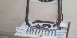 Ağrı ve Van'da uyuşturucu satıcılarına operasyon: 10 tutuklama