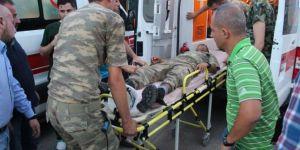 Siirt Eruh'ta çıkan yangında 5 asker zehirlendi