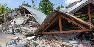 Endonezya'daki depremde 14 kişi hayatını kaybetti