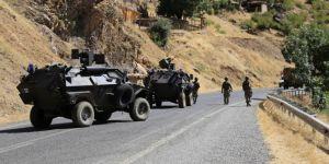 Hakkari'de 2 PKK'li öldürüldü, 1 kadın cesedi bulundu