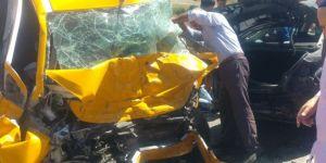 Elazığ Kovancılar'da iki araç çarpıştı: 3 ölü