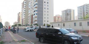Diyarbakır'da polis aracı ile otomobil çarpıştı: 1 yaralı