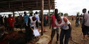 Hayırseverlerin bağışları Uganda'daki yetimlerin yüzünü güldürecek