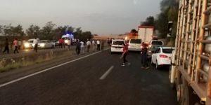 Diyarbakır Silvan'da seyir halindeki otomobil alev aldı