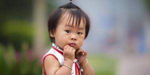 Güney Kore'de doğum oranı savaş döneminin altına indi