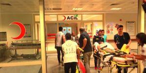 Siirt Pervari'de otomobil şarampole yuvarlandı: 2 yaralı