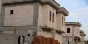 Sur'da tarihi dokuyla alakası olmayan yüksek bedelli villalar yapılmıştır