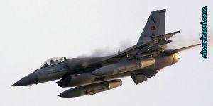 Manavgat'ta eğitim uçağı düştü: Ölü ve yaralılar var