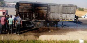Diyarbakır Bismil'de fazla ısınan balata yangına sebep oldu