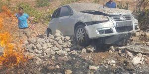 Mıcırlı yolda maddi hasarlı üç kaza