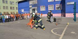 Diyarbakır Büyükşehir Belediyesinden öğrencilere itfaiye eğitimi