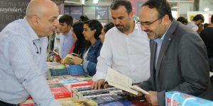 Kitap fuarının en büyük eksiği İslami yayınevleri