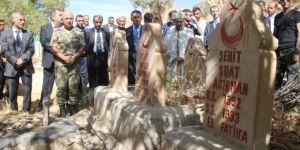 PKK'nin katlettiği köylüler kabirleri başında anıldı