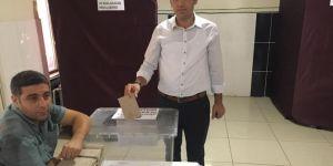 Ergani'de Eğitim-Bir-Sen yönetimi güven tazeledi