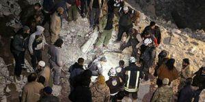 ABD Deyrizor'da 2 camiyi vurdu: 65 kişi katledildi