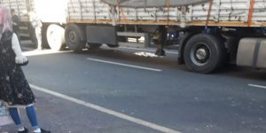Diyarbakır Bağlar Kuruçeşme'de kamyonun altında kalan kadın can verdi
