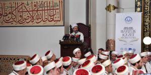 Kur'an-ı Kerim'i hem okuyacağız hem yaşayacağız