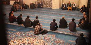 Mevlid Kandili Diyarbakır'da dualarla ihya edildi