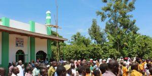 Yetimler Vakfı Uganda'da cami açtı