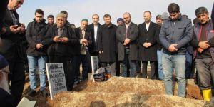 HÜDA PAR Genel Başkanı Sağlam, Yılmaz ailesinin cenazesine katıldı