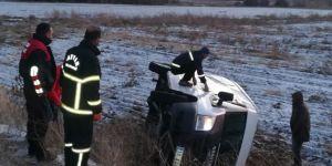 Bitlis Tatvan'da minibüs şarampole yuvarlandı: Bir yaralı