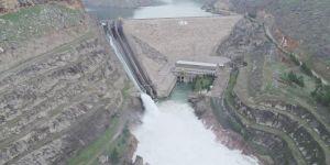 Kapağı kopan Dicle Barajı havadan görüntülendi