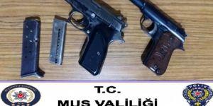 Malazgirt'te silah kaçakçılığından 2 kişi tutuklandı