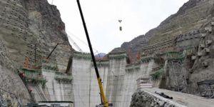 Dünyanın 3'üncü büyük barajında yükseklik 50 metreye ulaştı