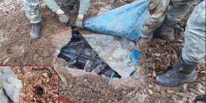 Diyarbakır'da PKK'ye ait biri 7 odalı 3 sığınak imha edildi