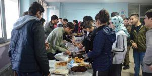 Diyarbakır Özel Kayapınar Temel Lisesi öğrencilerinden Yemen için yardım kermesi