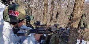 Hakkari Şemdinli'de çığ düştü: 1 asker hayatını kaybetti