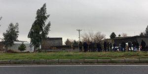 Mardin Nusaybin'de öğrenci servisi devrildi: 8 yaralı
