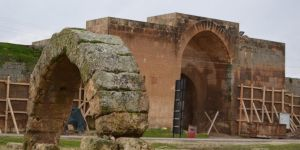 Şanlıurfa Harran'daki 8 asırlık Han El-Ba'rur Hanı restore ediliyor