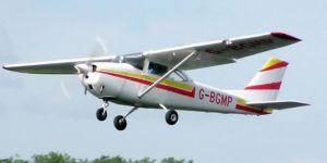 Kocaeli'nin Kartepe ilçesinde eğitim uçağı düştü