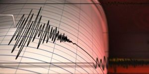 Endonezya'da 6.6 büyüklüğünde deprem