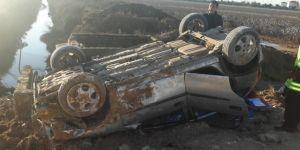 Şanlıurfa Akçakale'de otomobil takla attı: 1 yaralı
