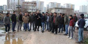 Yolları yapılmayan mahalleli seçimi boykot edecek