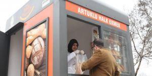 Mardin'de Halk Ekmek satış noktaları kuruldu