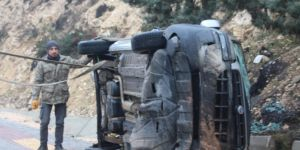 Kayganlaşan yol kazaya neden oldu: 4 yaralı
