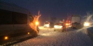Mardin Midyat Karayolu Hop Geçidi araç trafiğine kapandı