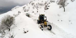 Batman'da kar nedeniyle kapanan yollar açılıyor