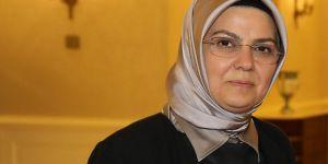 AK Parti kurucularından Böhürler'den başörtüsü çıkışı
