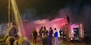 Viranşehir'de oto lastik dükkânında yangın çıktı