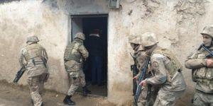Eruh'ta PKK operasyonu: 7 gözaltı