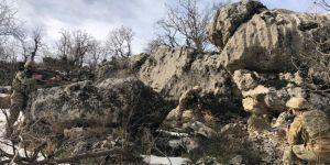 Diyarbakır'da PKK operasyonunda 8 sığınak tahrip edildi